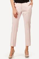 Pantaloni lungi, de culoare roz-deschis, cu buzunare ( )