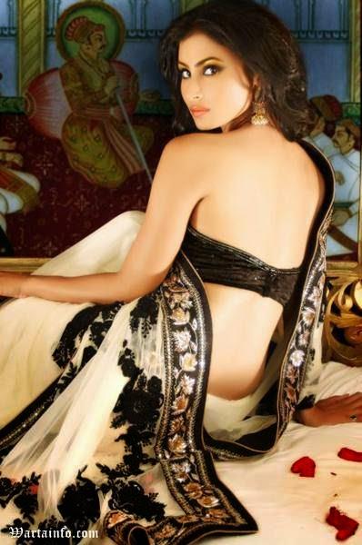 Foto Hot perut Seksi telanjang Mouni Roy Artis cantik India Pemeran Dewi Sati Serial Mahadewa