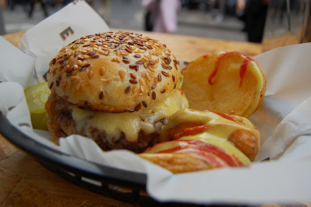 Elliot's Burger in Borough Market