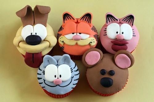 cake boss cakes for sweet 16. CAKE POPS!