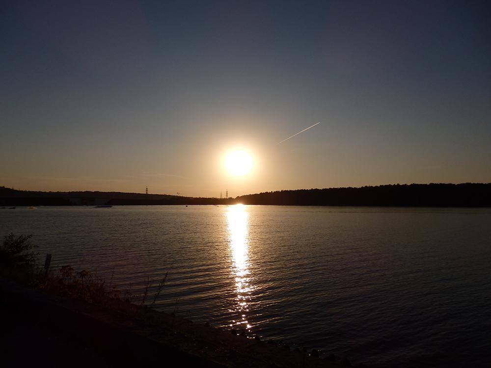 солнце, вода
