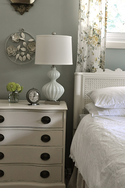Jennifer Rizzo bedroom and nightstand