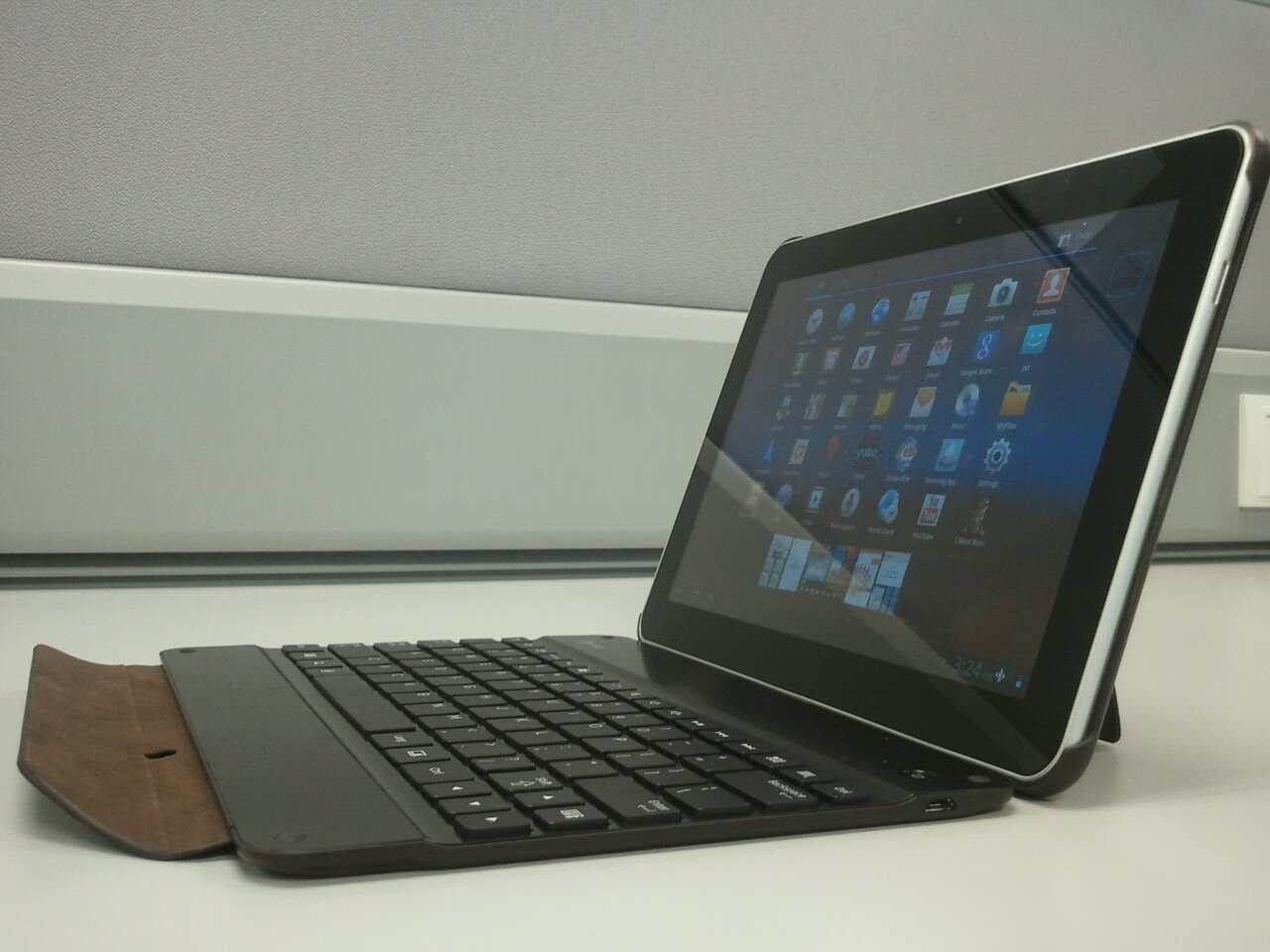 http://4.bp.blogspot.com/-4bAW6_hd-78/TiUByJab2bI/AAAAAAAAABY/66vFJHAF94M/s1600/110718-Samsung-Galaxy-Tab-10-1-big1.jpg