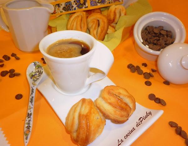 Galletas  Con  Requeson  Y  Chocolate