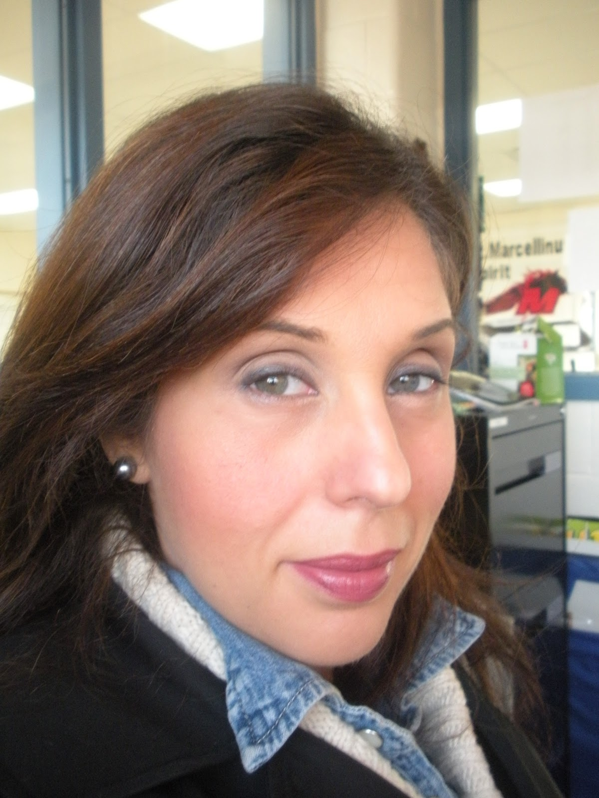 Beauty and Elegance: MAC Fast-Play Lipstick