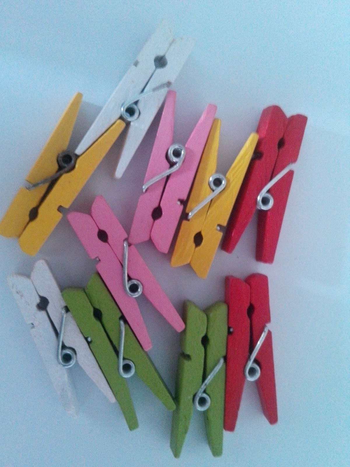 How to scrapbook materials - 5 1 75 Inch Colored Clips Pack Of 10 Pieces For Rs 40 Random Colors Are Mix Of Red White Green Orange Yellow