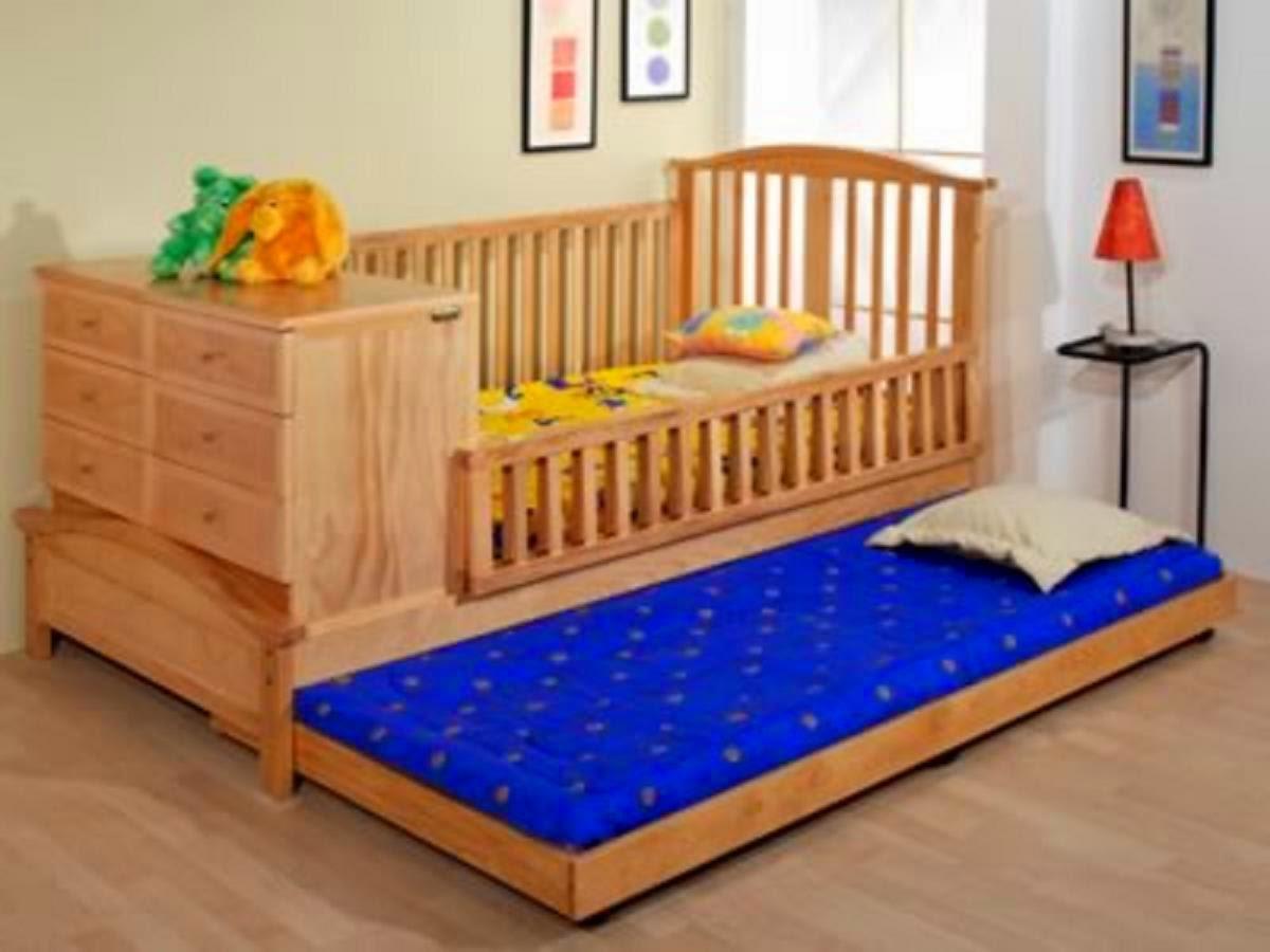 La habitaci n del beb la ventanita de luz - Protector para pared cama ...