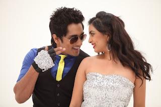 Deepa Sannidhi Stills from movie Enakkul Oruvan with Siddharth