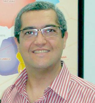 http://issuu.com/guarulhosnoponto/docs/230/2