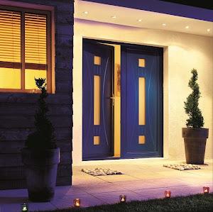 tout savoir pour mieux construire quelle porte d 39 entr e pour votre maison. Black Bedroom Furniture Sets. Home Design Ideas