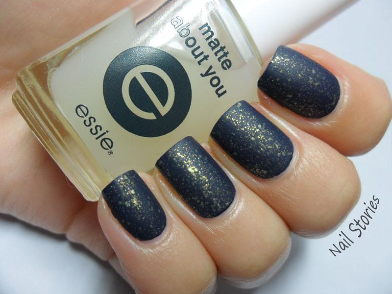 Nail Stories: Midnight Sapphire & Gold Flakies!