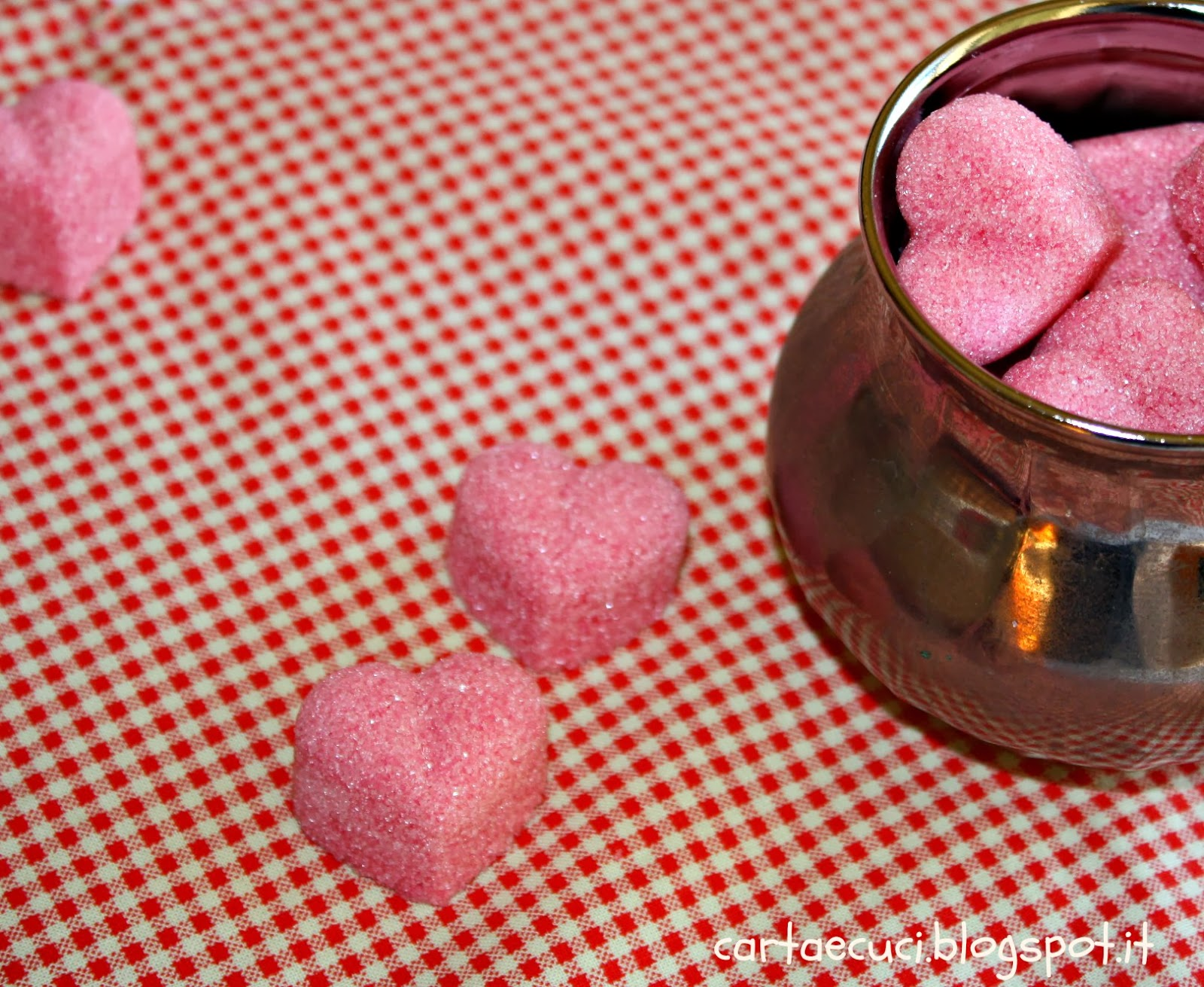 http://cartaecuci.blogspot.it/2014/02/quattordici-idee-per-san-valentino.html