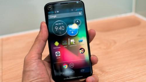 In anteprima il primo video anteprima dello smartphone Moto X di Motorola e informazioni sul prezzo di lancio del prodotto