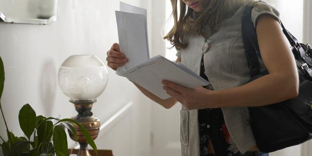 First vitro fertilisation (IVF) parents get blood-covered mail