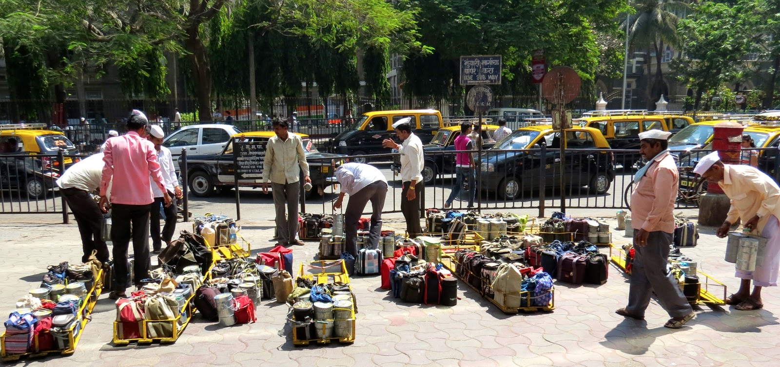 mumbai dabbawalas Mumbai's pervasive dabbawalas, the tiffin careers of the city, have also suspended their work today in entire city we did not collect the tiffins today, because of.
