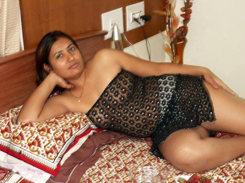 About sri lankan tamil girl house nude photos like