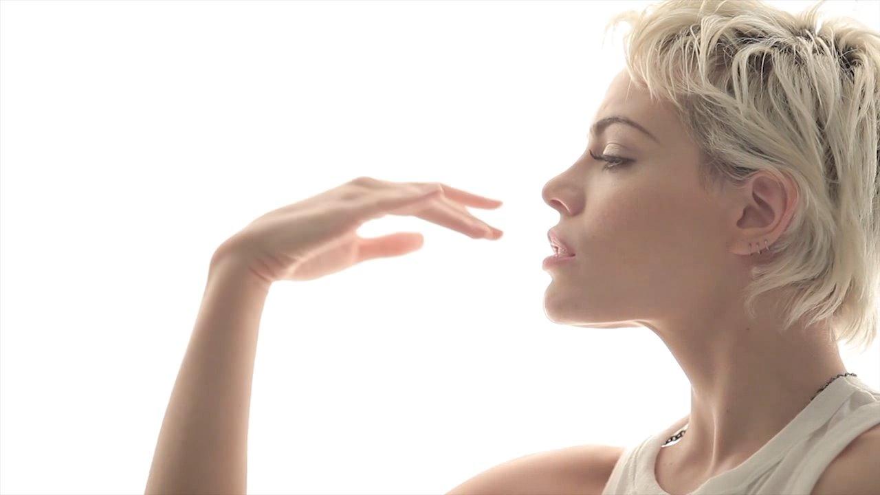 Emilia Attias 2014/2015: Emilia Attias te invita a <b>cuidar</b> ...