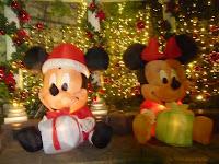 ミッキーマウスのサンタさん