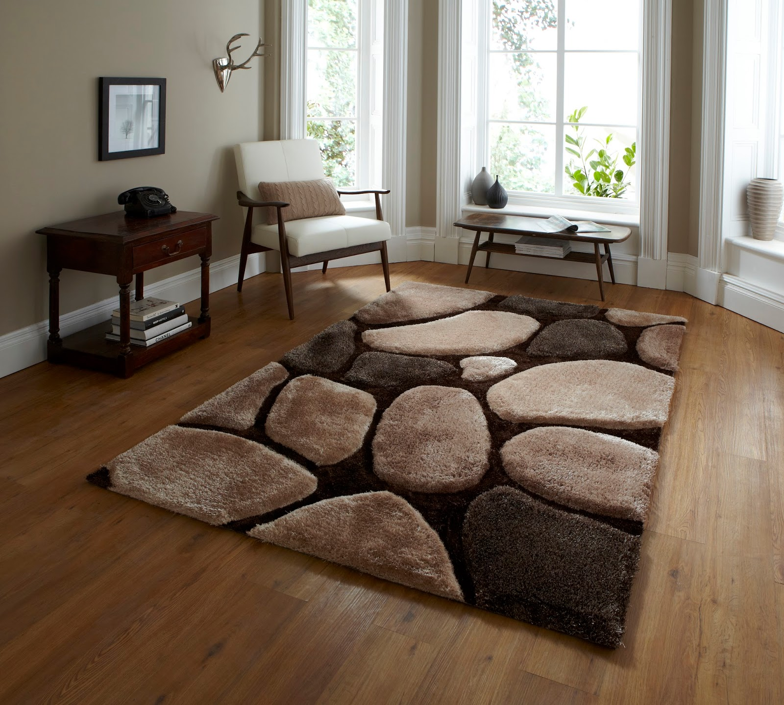 Which Rugs Are Best For Hard Floors?