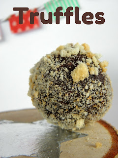 recipe for easy chocolate cookie crumbs truffles.