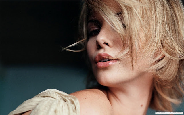 Top 20 Most Beautiful Female Celebrities: Charlize Theron