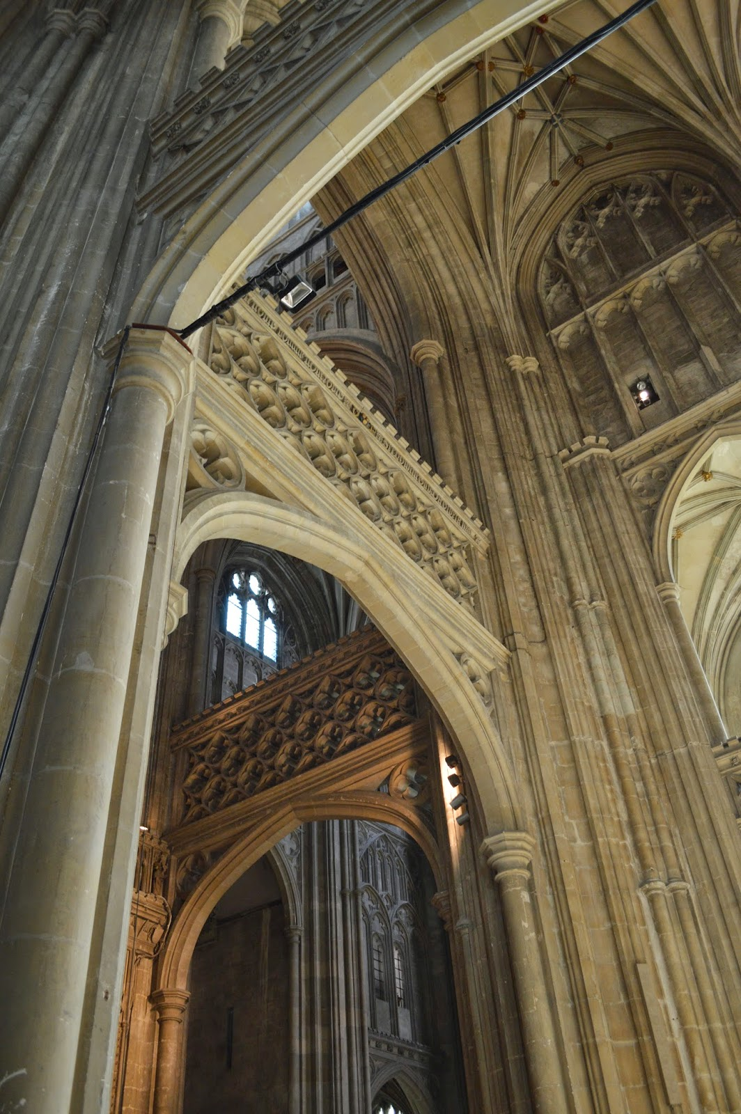 royal burial, Canterbury Cathedral, medieval, church, visit, Thomas Becket, inside, architecture, history, historical, old, large, impressive, Henry II, pilgrimage, arch, pillars, photo, photograph, day trip,  UK, England