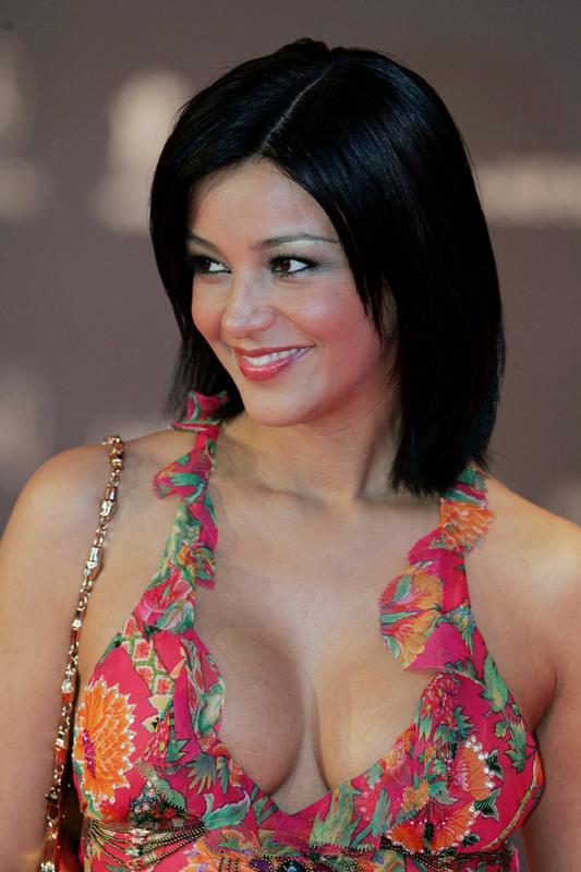 http://4.bp.blogspot.com/-4dXBw6o_mpg/TuhNaitvZxI/AAAAAAAAyJ4/gD61MUG-eRA/s1600/Belinda%2BStewart-Wilson17.jpg