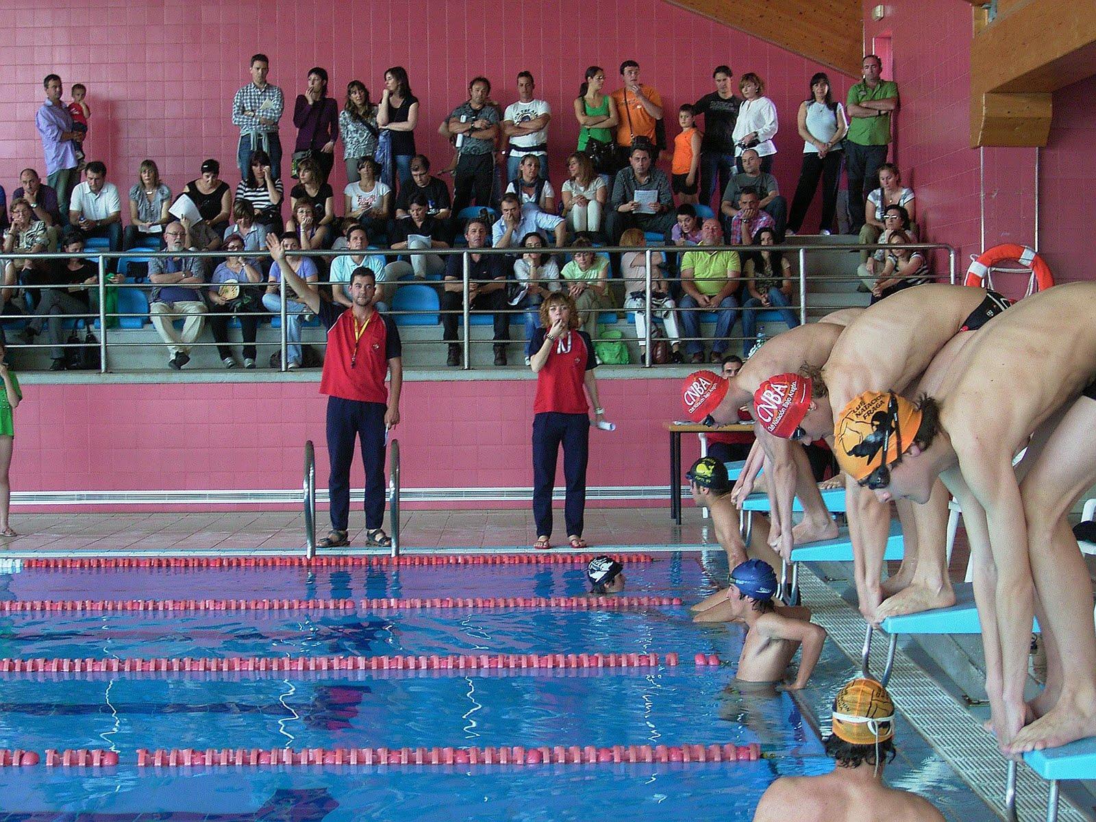 Club nataci n bajo arag n 4 jornada fan en monz n for Piscinas de monzon