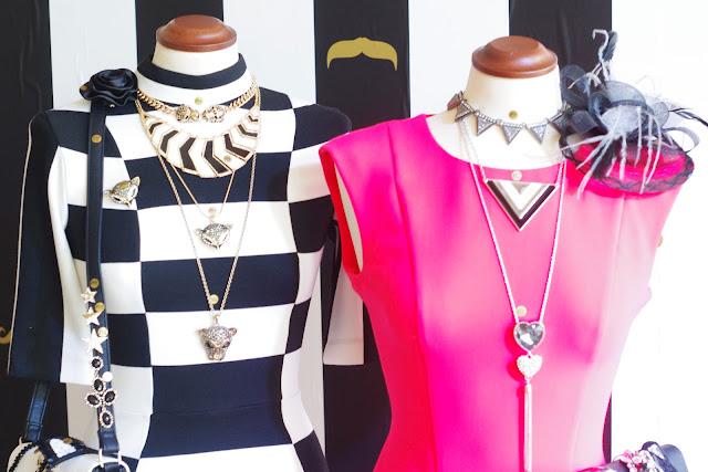 Tiger, Lion, pendant, Panther, Necklace, Kette, Schmuck, Jewelry, Accessories, Blogger, Statement, Triangle, Dreieck, Hipster, mono,