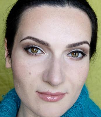 Szybcior na dzień i szybcior na wieczór, czyli jak się nie dać zwariować robiąc makijaż