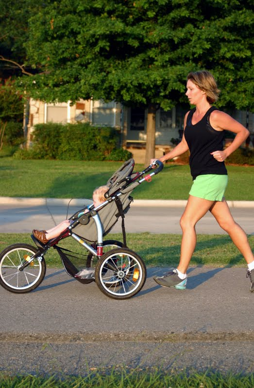 A Guide to Picking the Best Jogging Stroller
