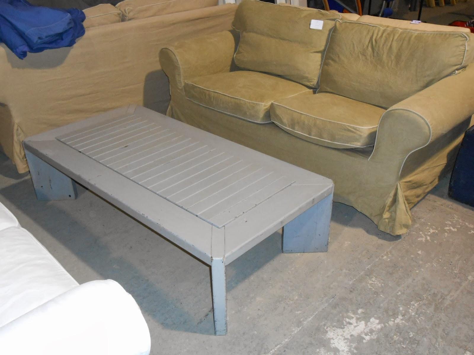 bric et brol table de salon en bois rectangulaire et peinte en gris. Black Bedroom Furniture Sets. Home Design Ideas