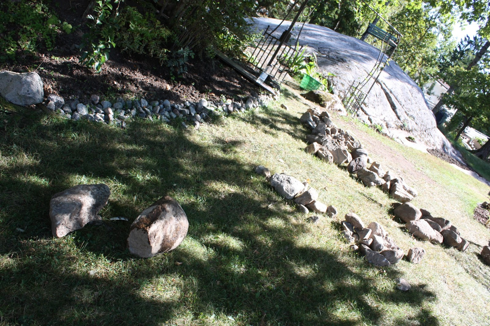Josefins trädgård: mur
