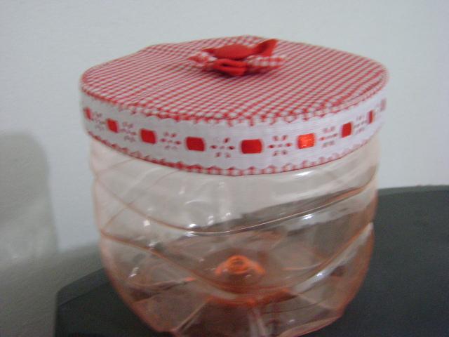 artes da v tita reciclagem de gal o embalagem p presente para kit cozinha. Black Bedroom Furniture Sets. Home Design Ideas
