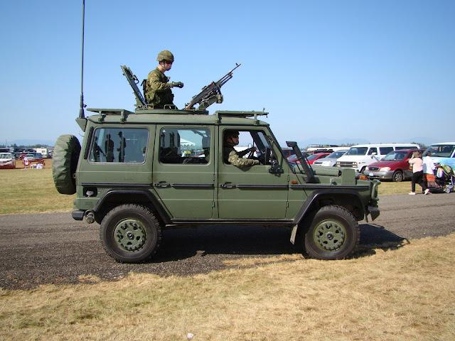 военный гелентваген