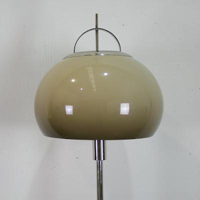 Lámpara de pie de los años 60