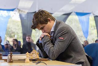 Échecs à Sao Paulo : Avec 2,5/5, Magnus Carlsen (2843), numéro 1 au classement mondial, perd de précieux points Elo dans le tournoi - photo site officiel
