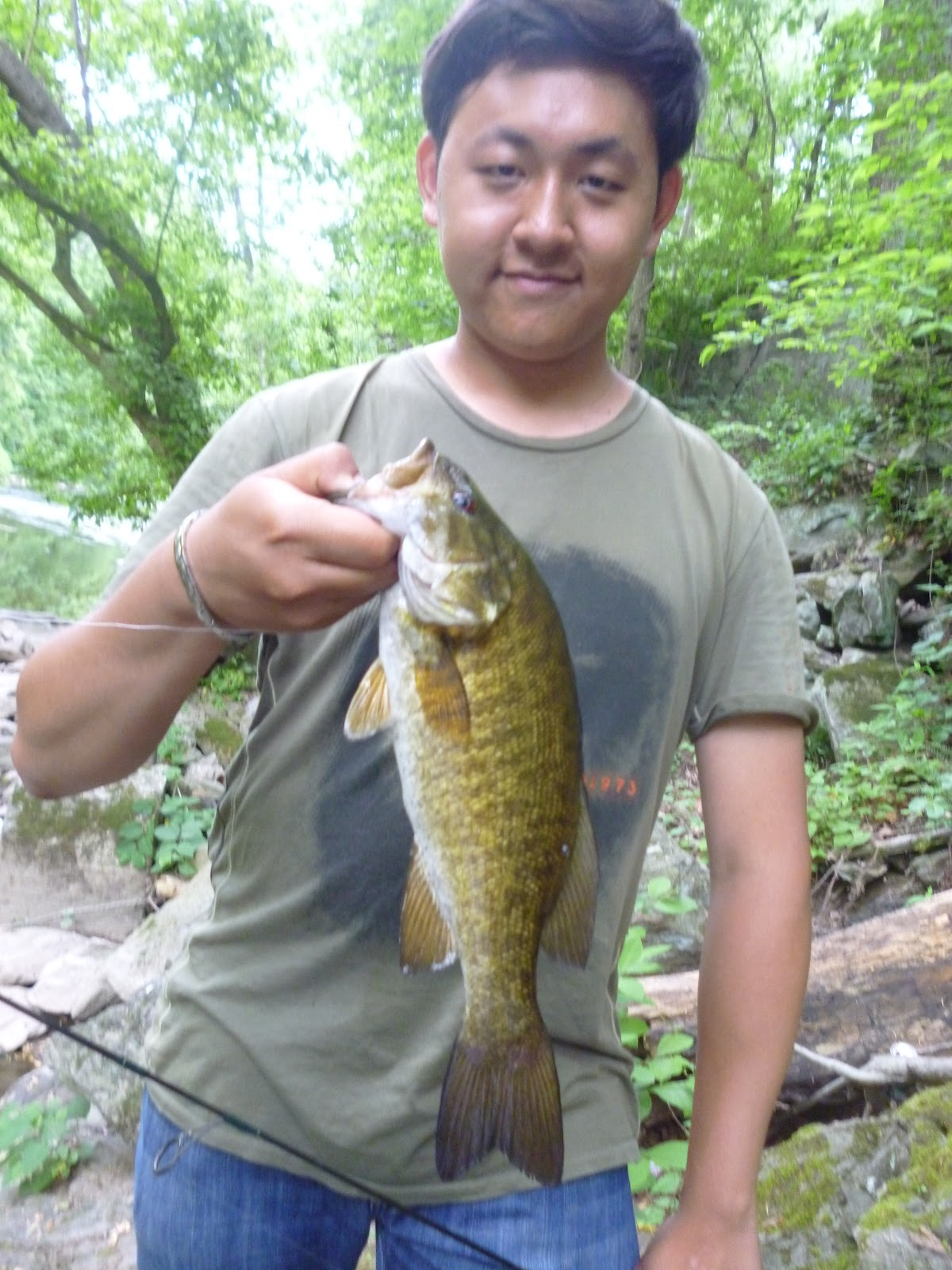 Extreme philly fishing exploring and fishing the for Smallmouth bass fishing