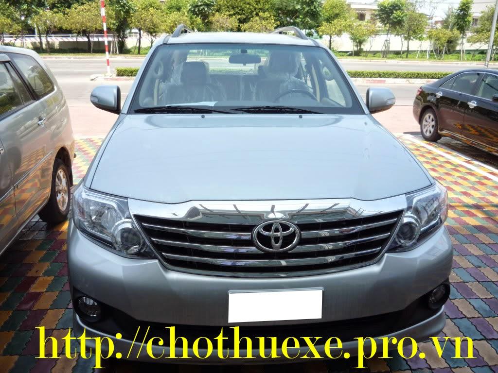 Cho thuê xe 7 chỗ Toyota Fortuner giá rẻ dài hạn tại Đức Vinh