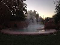 La piscine de l'hôtel Les Deux Tours en hiver à Marrakech