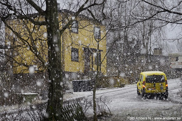 ryska posten, postbil, snö, snöstorm, snöoväder, svensk postbil, swedish mailman, car