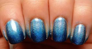 Holo Gradient Nails