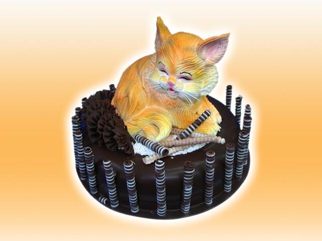 Hình ảnh bánh sinh nhật hình con mèo cho người tuổi Mẹo