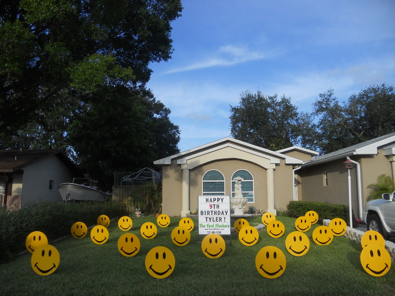 The yard flockers pinellas county fla 727 409 5590 www happy face lawn greetings yard cards lawn displays lawn pranks 727 409 5590 m4hsunfo