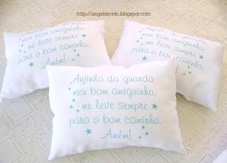 Travesseiros com Oração