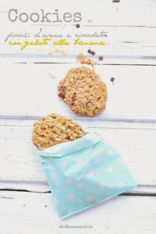 cookies ai fiocchi d'avena e cioccolato con gelato alla banana
