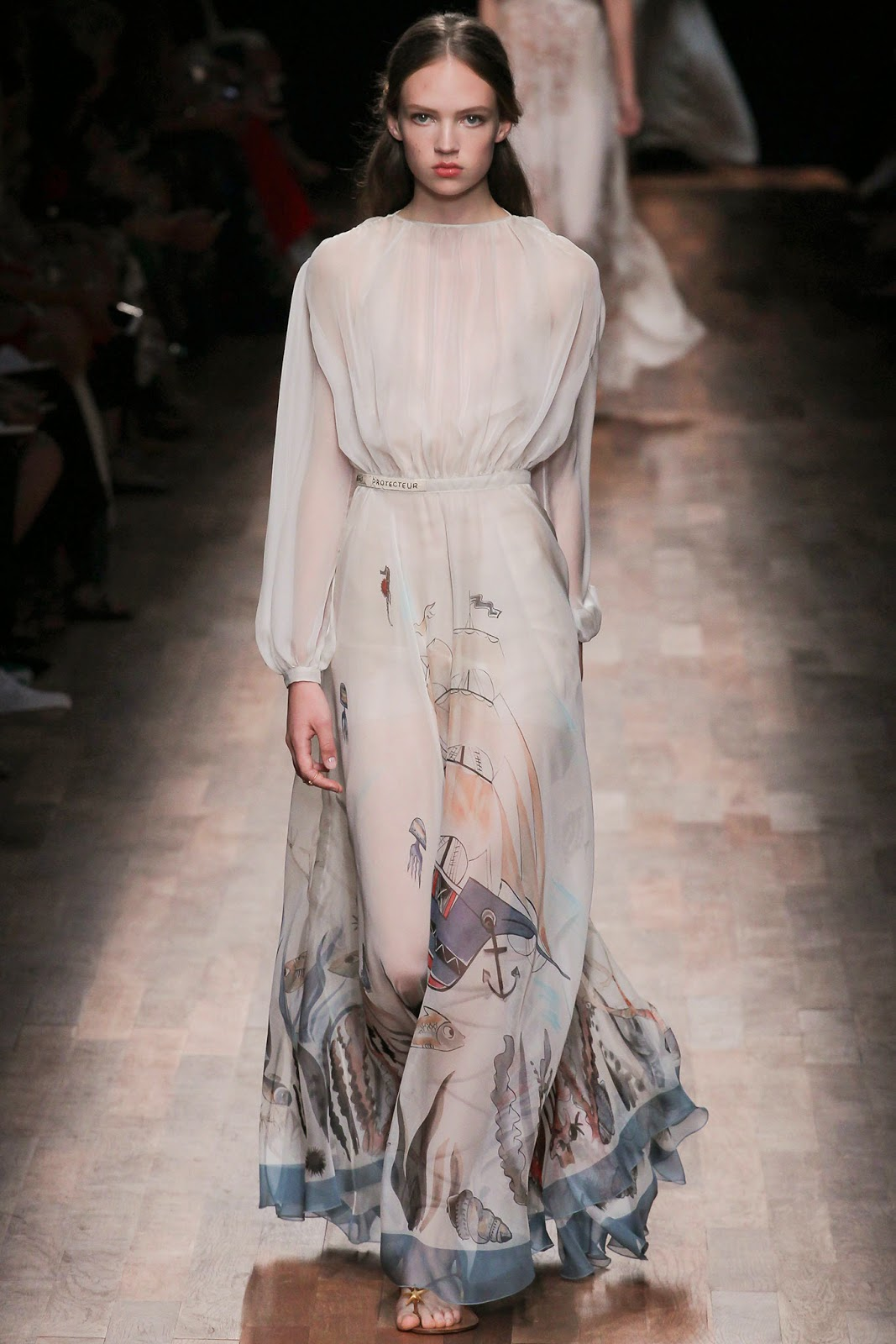 valentino 2015 summer 2016 trend women dress83 Valentino 2015 samling, våren sommaren 2016 Valentino klänning modeller, Valentino kväll klänning nya säsongen kvinnors kjolar modeller