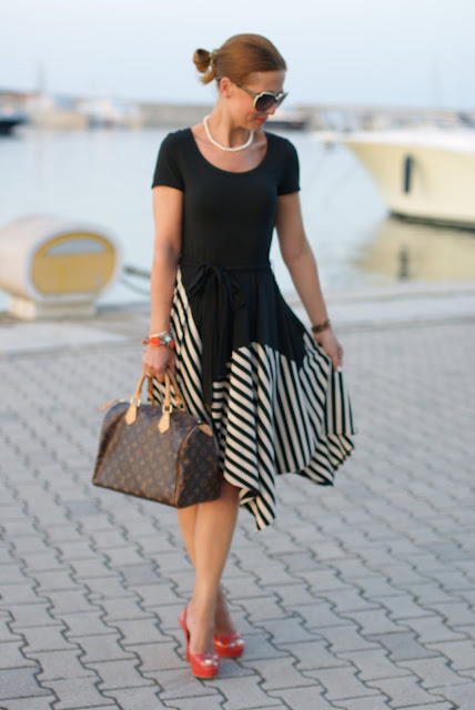 summer outfits, black and white striped dress, DKNY, Louis Vuitton Speedy 30 bag, Fashion and Cookies