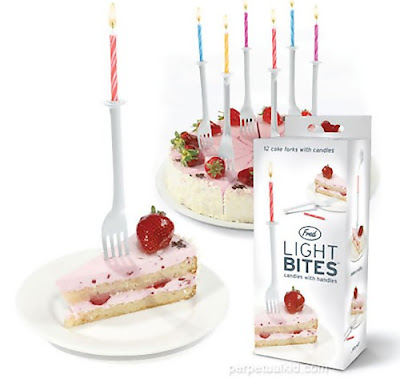 11 Creative and Cool Birthday Candles (11) 11