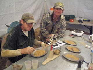 Gold Prospecting: Couple of ounces an hour